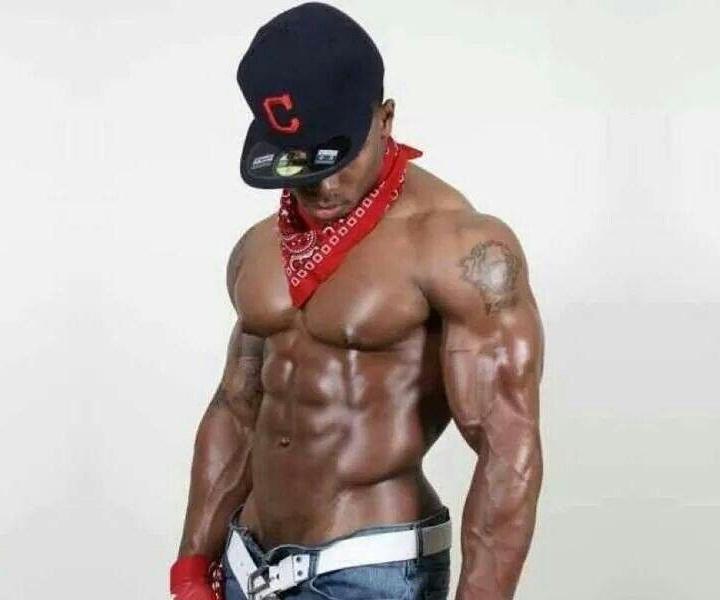 male-strippers-twenty-two